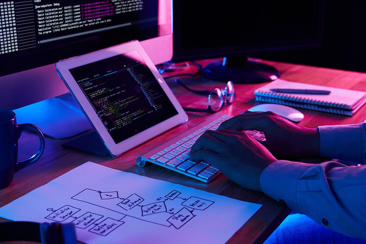 image-programer-working